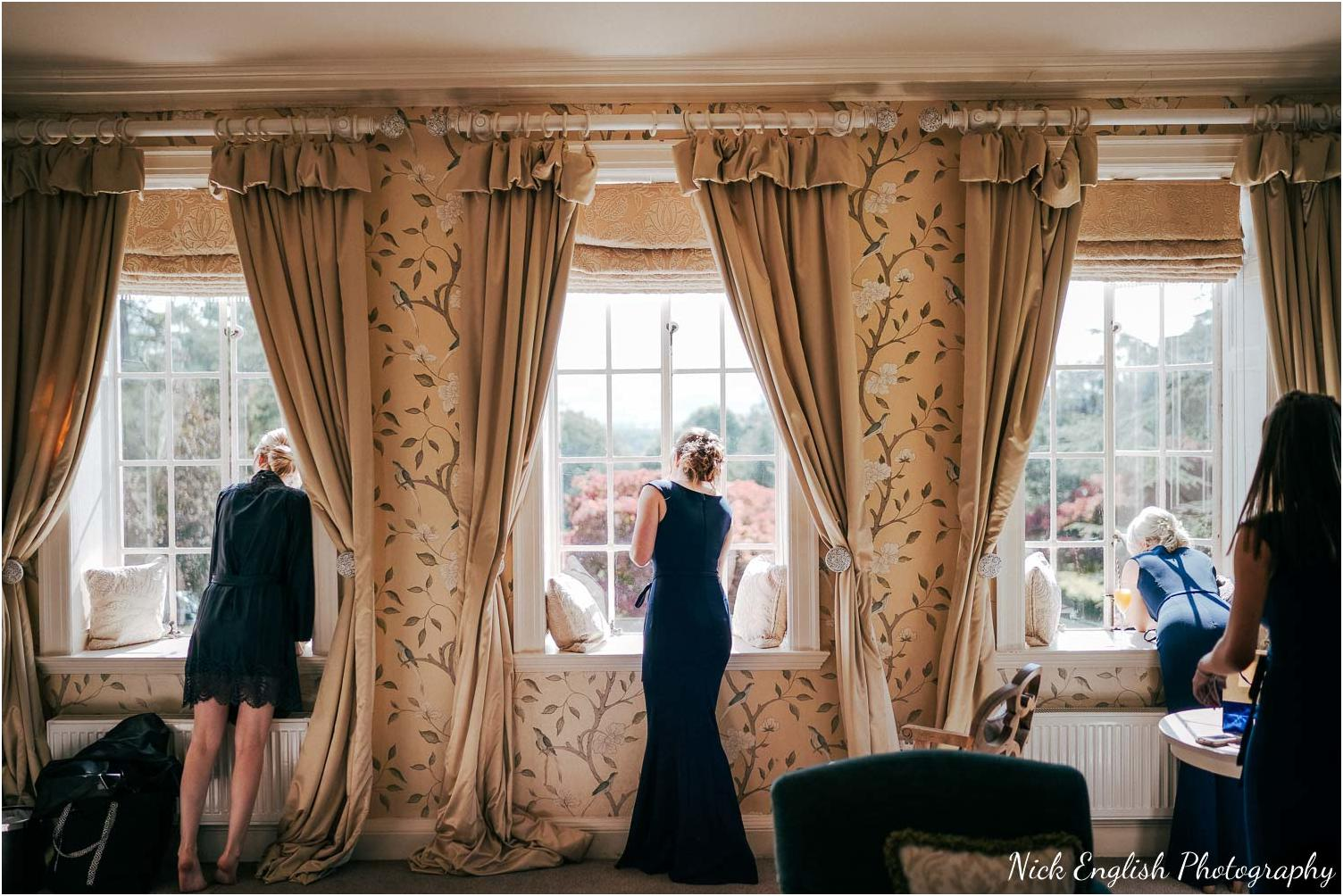 Eaves_Hall_Outdoor_Wedding_Photograph-16.jpg
