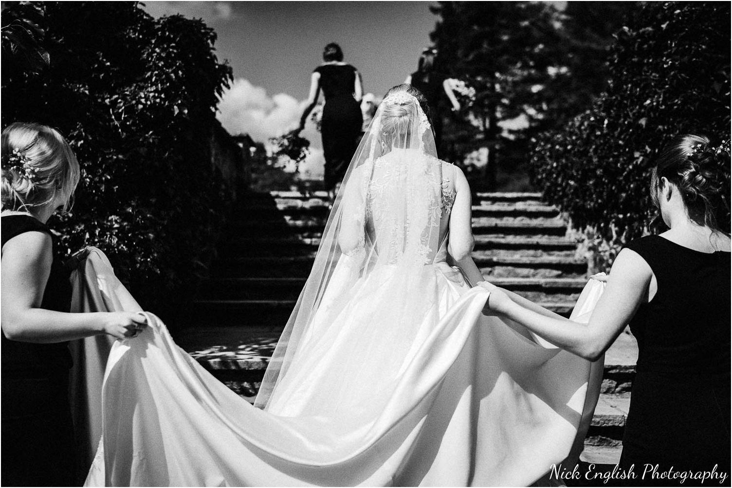 Eaves_Hall_Outdoor_Wedding_Photograph-29.jpg