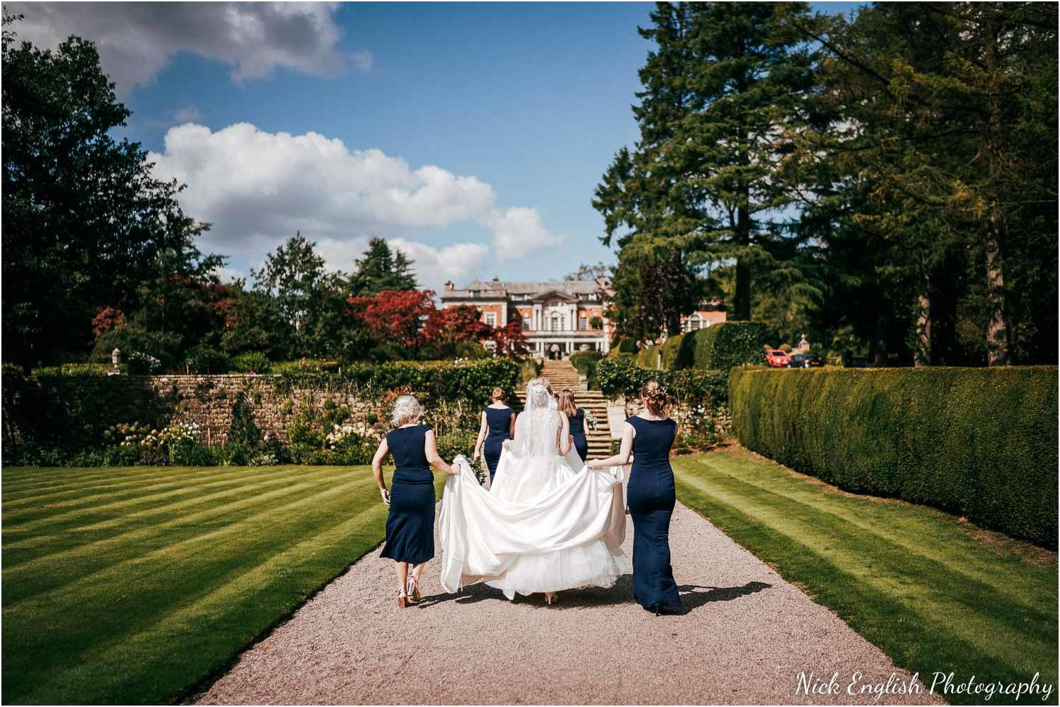 Eaves_Hall_Outdoor_Wedding_Photograph-30.jpg