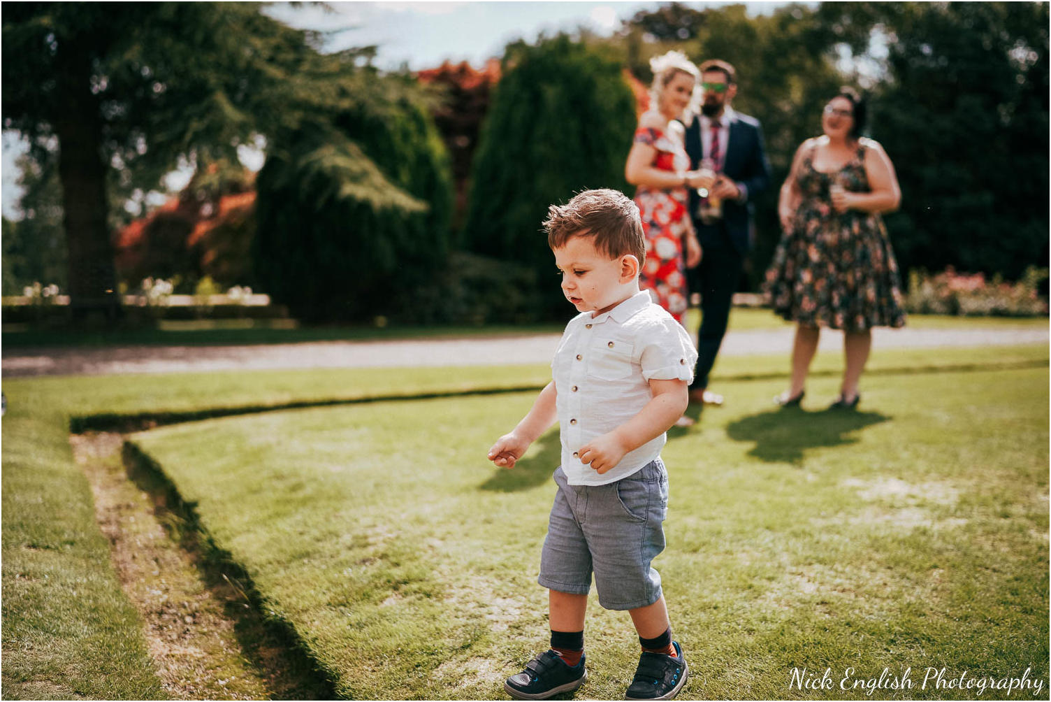 Eaves_Hall_Outdoor_Wedding_Photograph-50.jpg