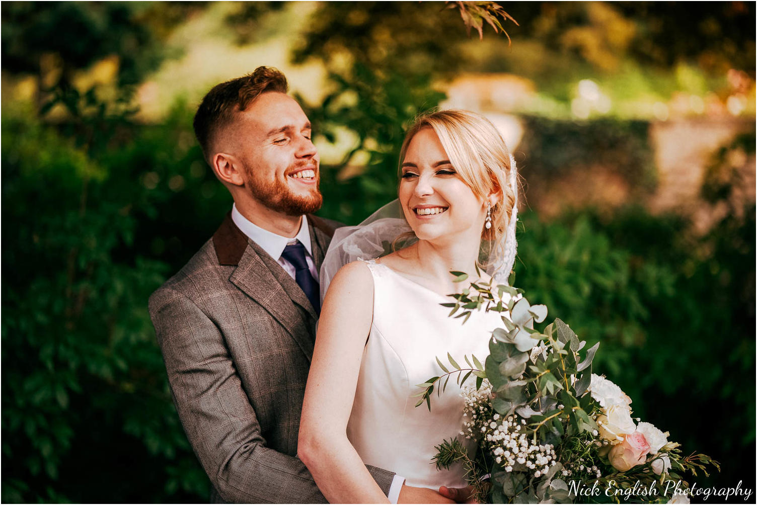 Eaves_Hall_Outdoor_Wedding_Photograph-58.jpg