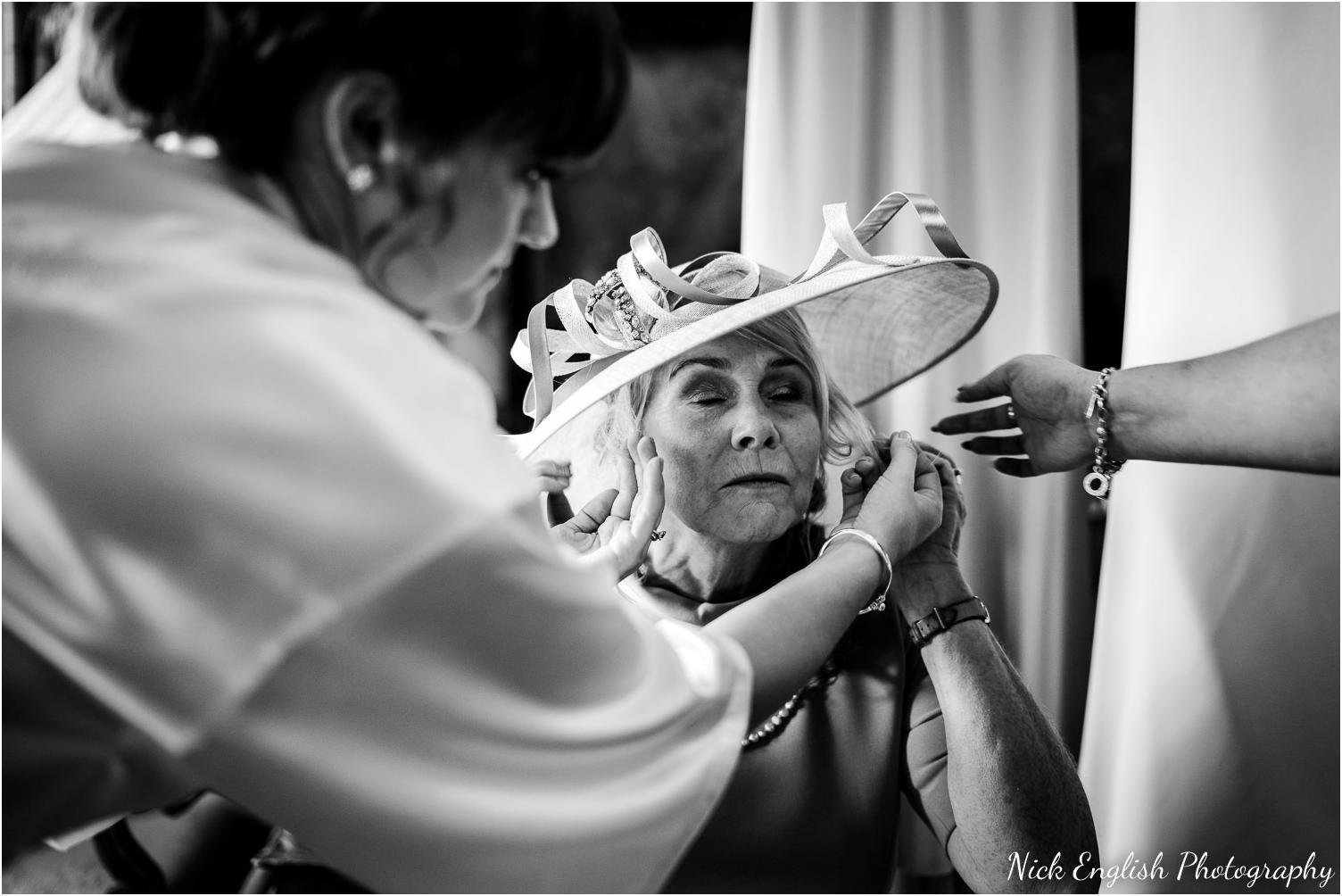 Mitton_Hall_Wedding_Summer_Photograph-20.jpg