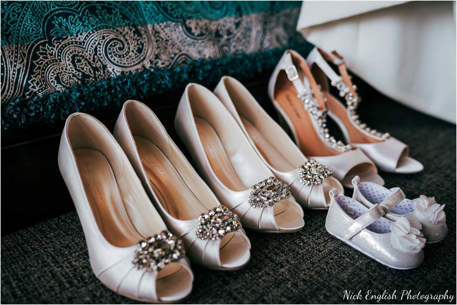 Mitton_Hall_Wedding_Summer_Photograph-22.jpg