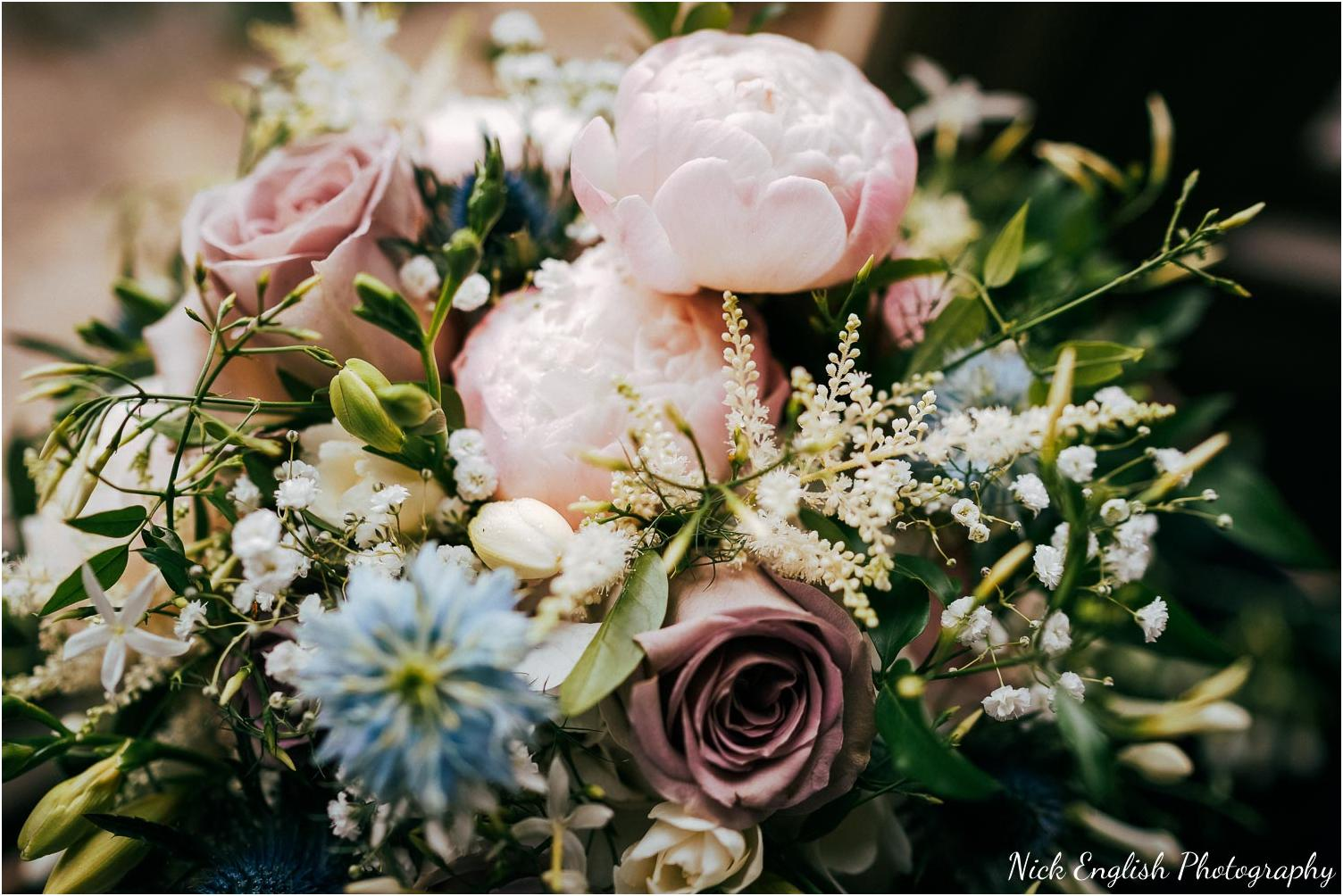 Mitton_Hall_Wedding_Summer_Photograph-23.jpg