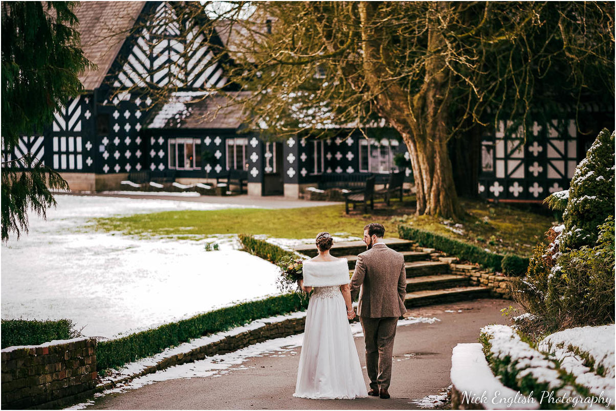 Samlesbury_Hall_Winter_Wedding_Snow-96.jpg