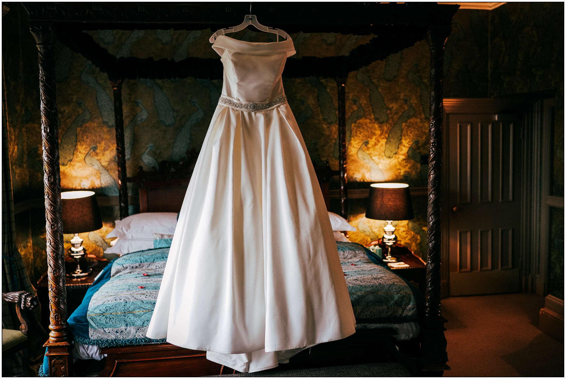 Mitton_Hall_Christmas_Wedding-4.jpg