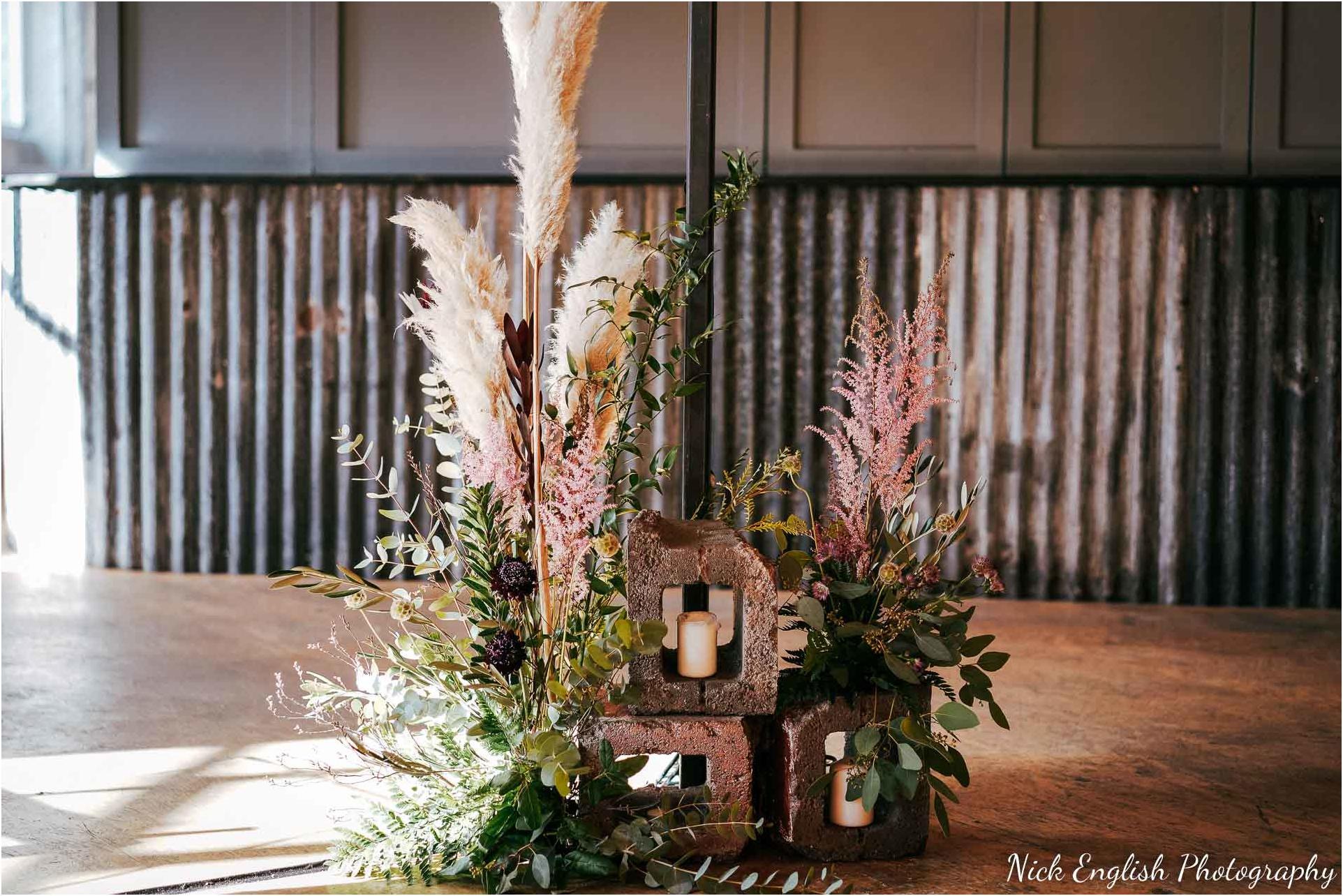 Holmes_Mill_Wedding_Photographs-14.jpg