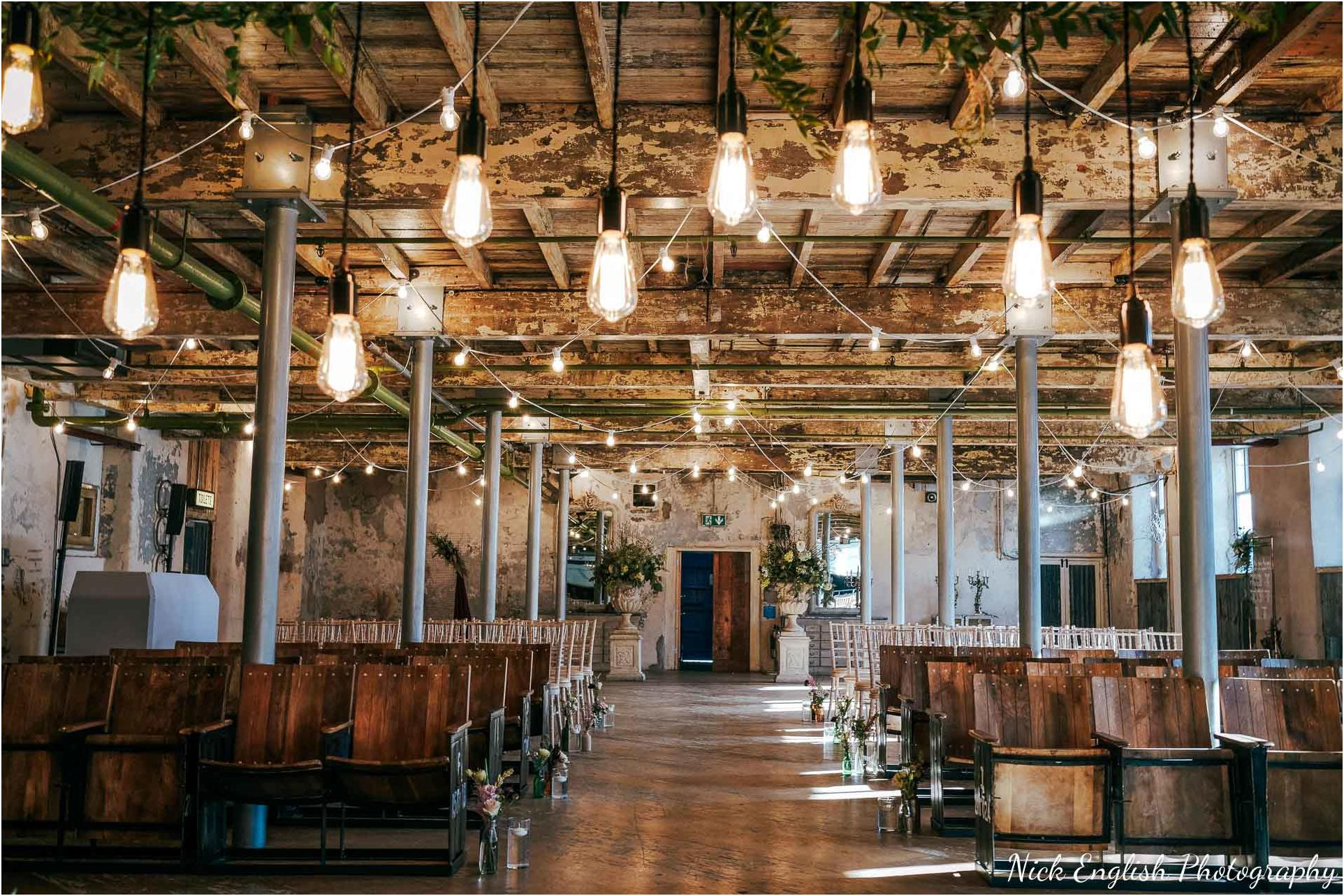 Holmes_Mill_Wedding_Photographs-17.jpg
