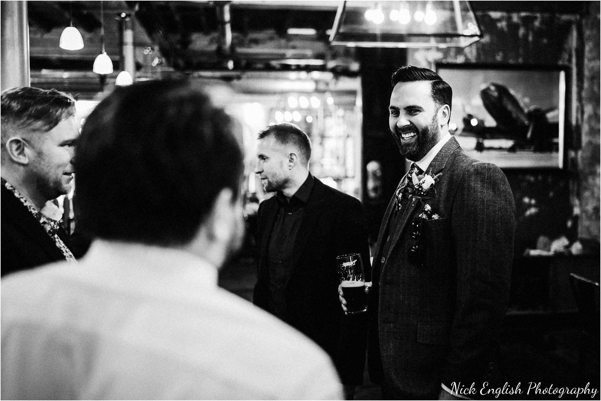 Holmes_Mill_Wedding_Photographs-20.jpg