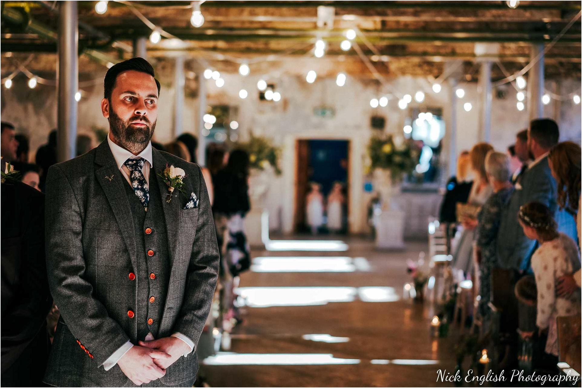 Holmes_Mill_Wedding_Photographs-32.jpg