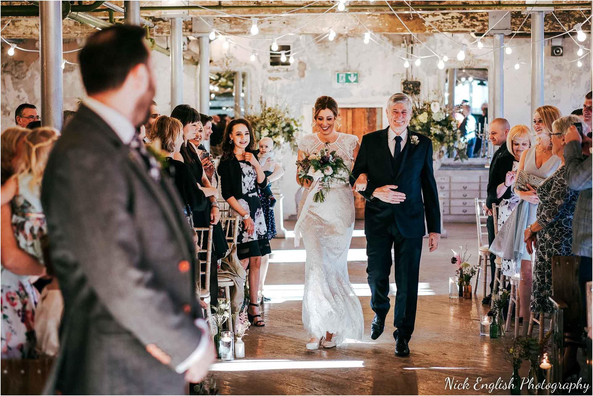 Holmes_Mill_Wedding_Photographs-35.jpg