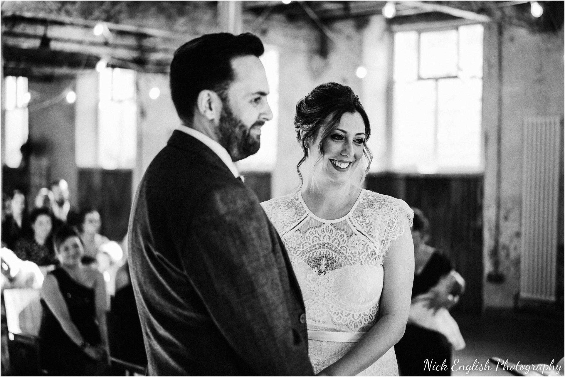 Holmes_Mill_Wedding_Photographs-44.jpg