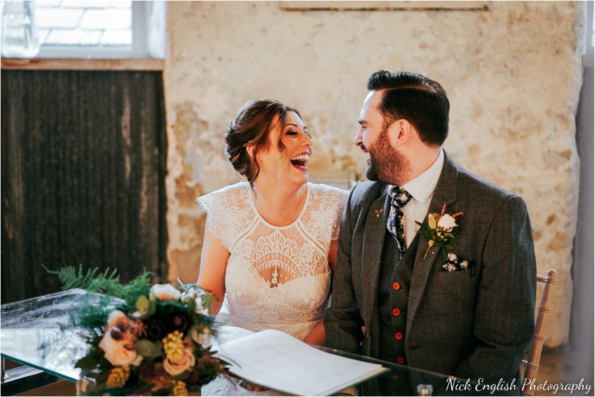 Holmes_Mill_Wedding_Photographs-48.jpg