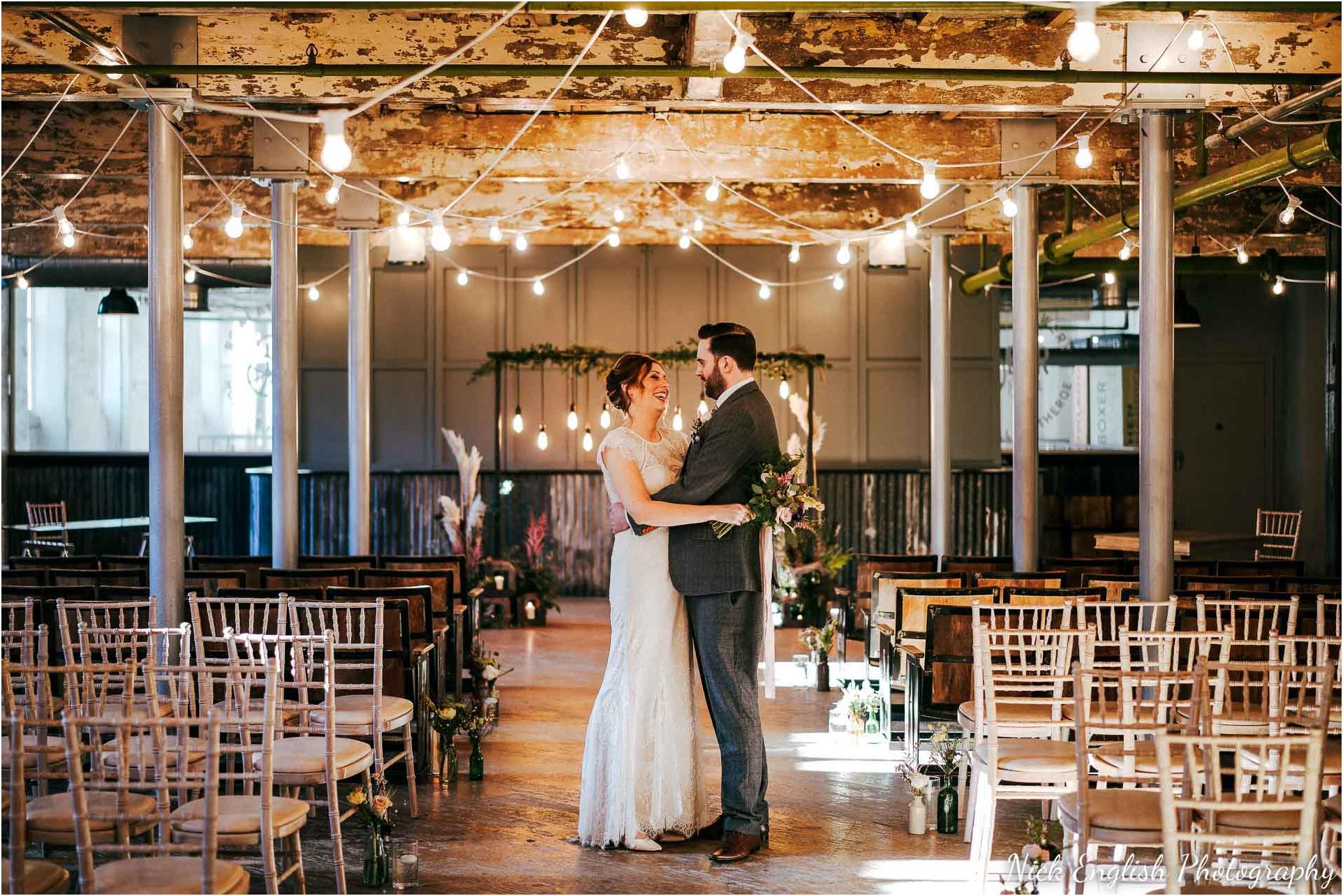 Holmes_Mill_Wedding_Photographs-51.jpg