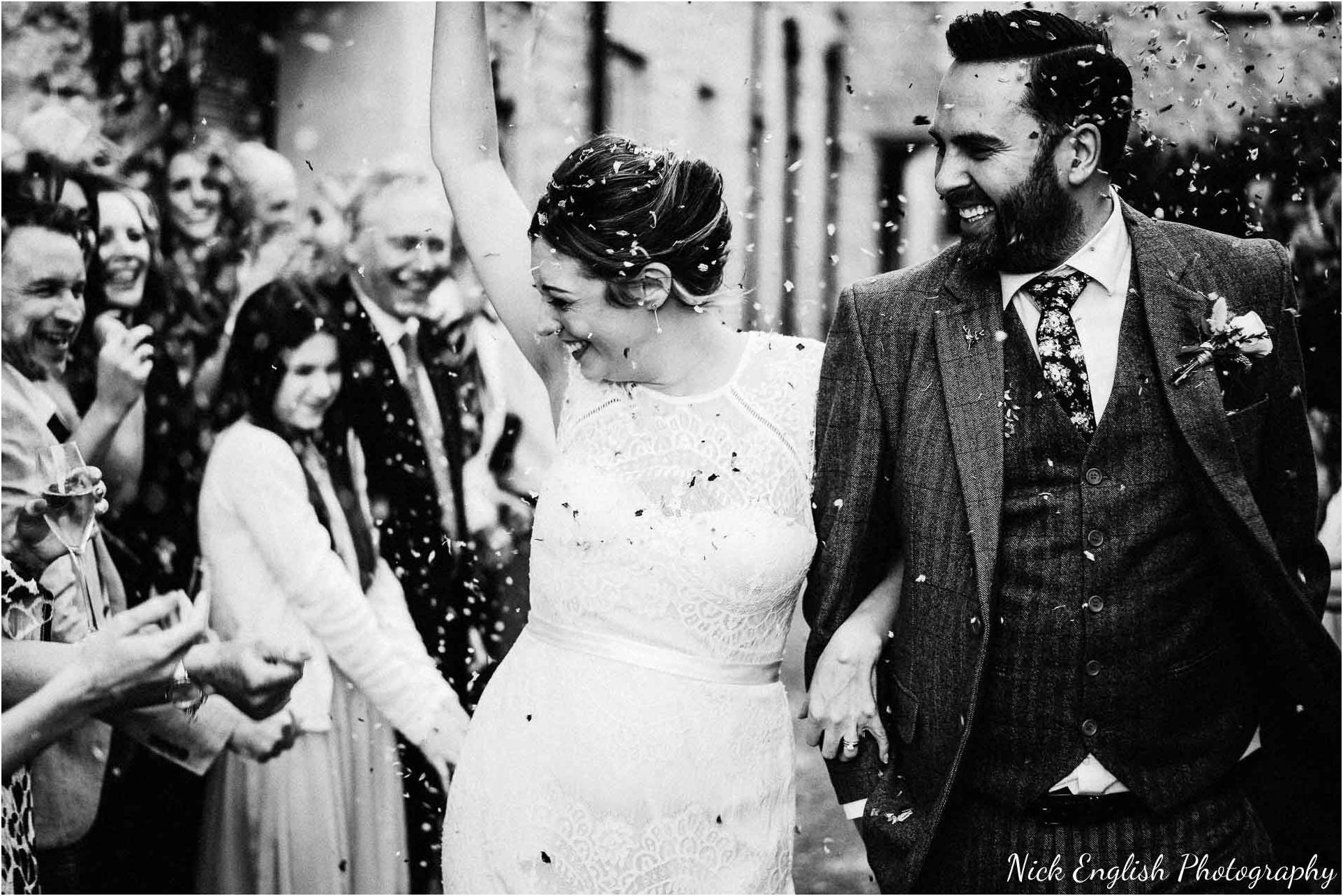 Holmes_Mill_Wedding_Photographs-72.jpg