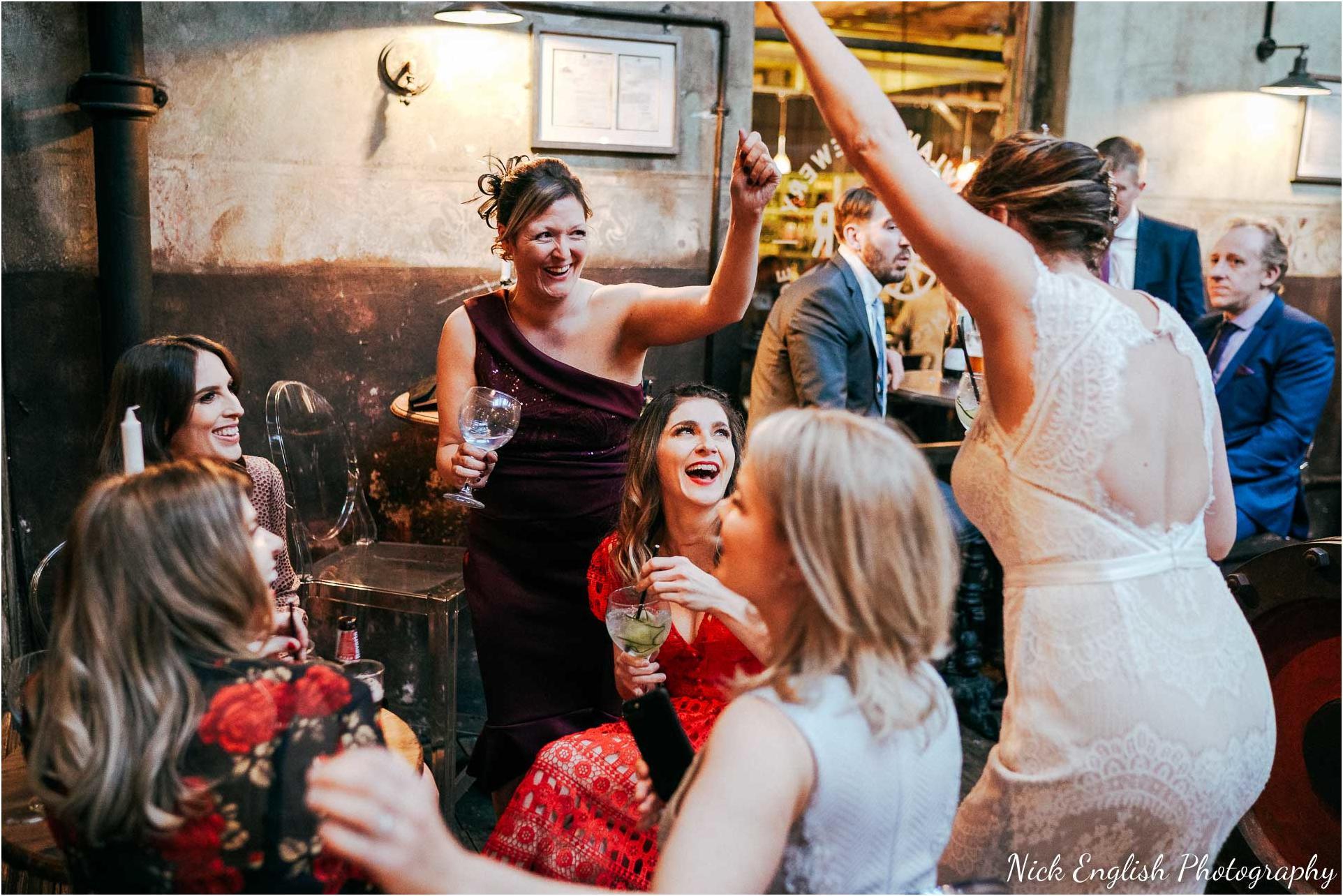 Holmes_Mill_Wedding_Photographs-99.jpg
