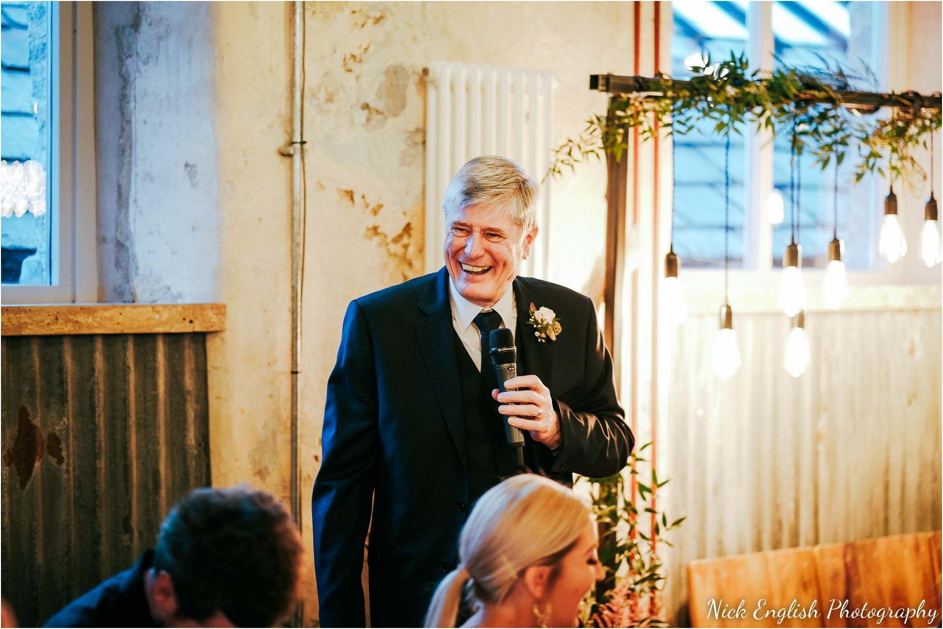 Holmes_Mill_Wedding_Photographs-107.jpg