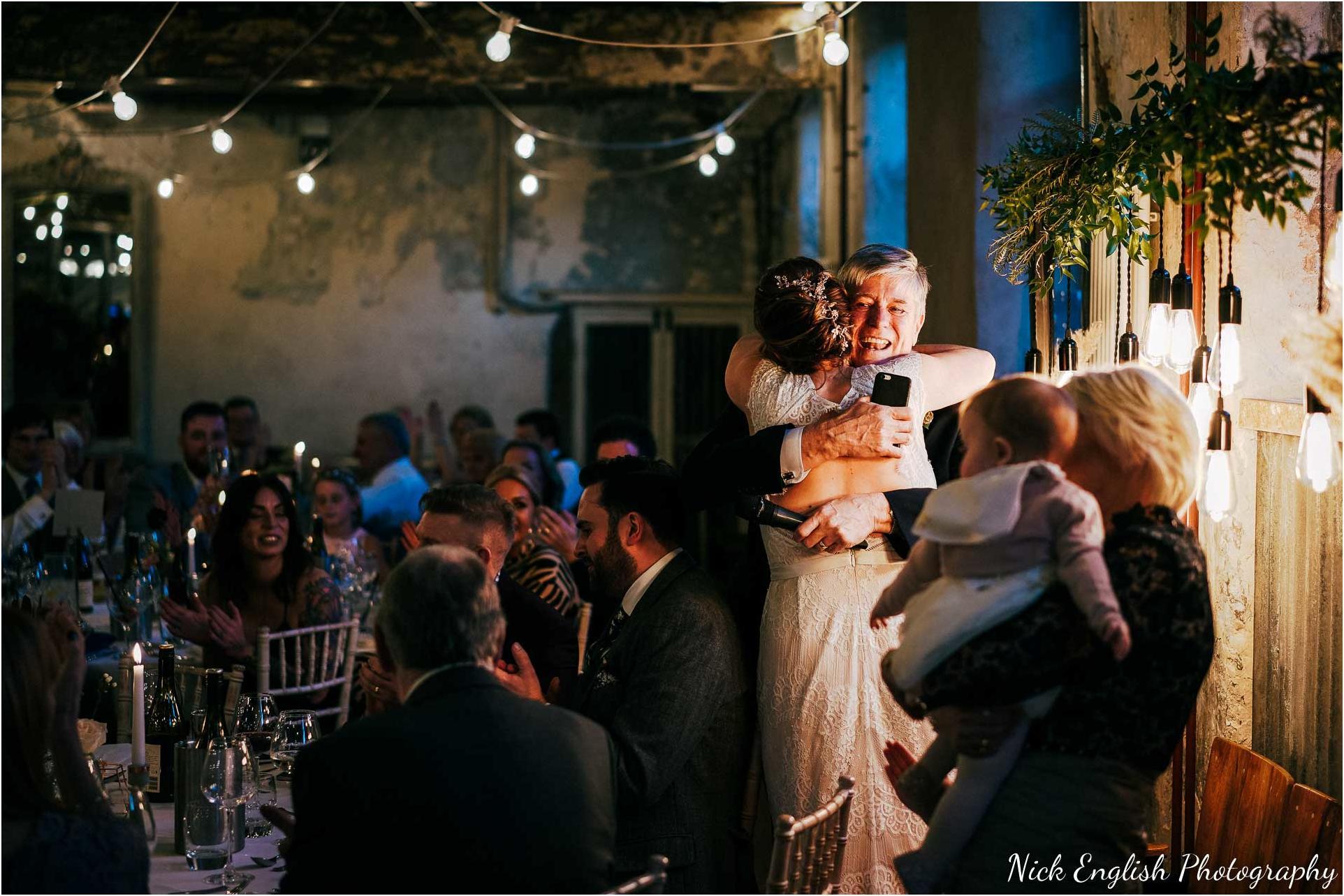 Holmes_Mill_Wedding_Photographs-108.jpg