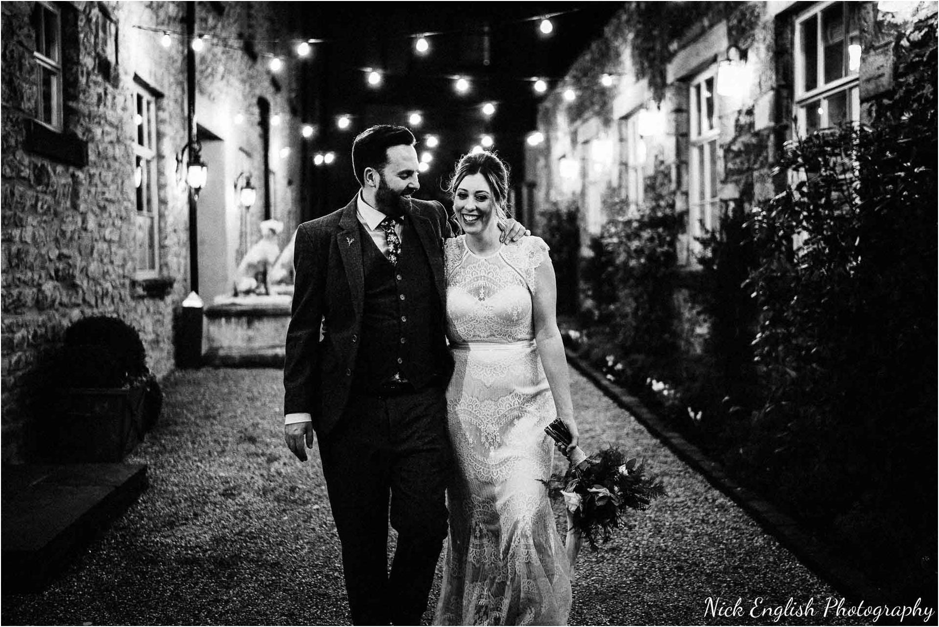 Holmes_Mill_Wedding_Photographs-118.jpg