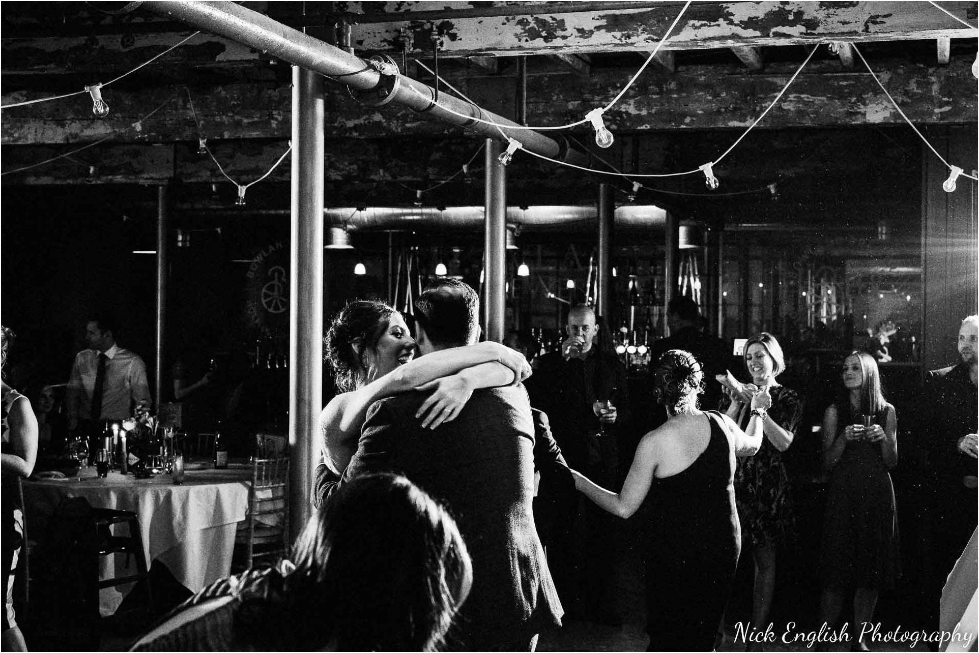 Holmes_Mill_Wedding_Photographs-125.jpg