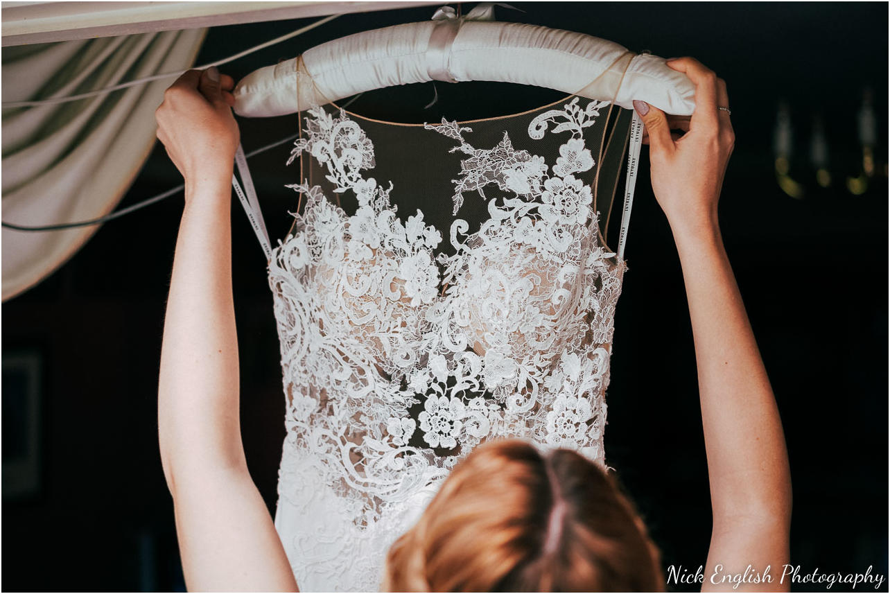 Mitton_Hall_Wedding_Photographer-11.jpg