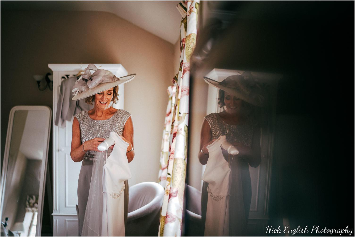 Browsholme_Hall_Wedding_Photograph-46.jpg
