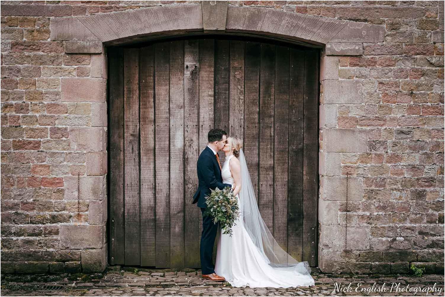 Browsholme_Hall_Wedding_Photograph-166.jpg