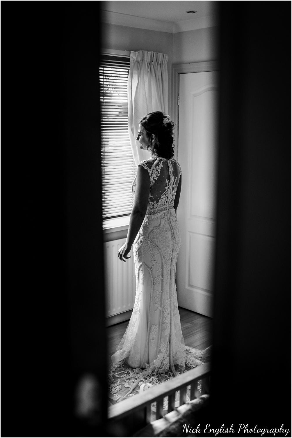 Spring_Cottage_Rivington_Lancashire_Wedding_Photographs-23.jpg