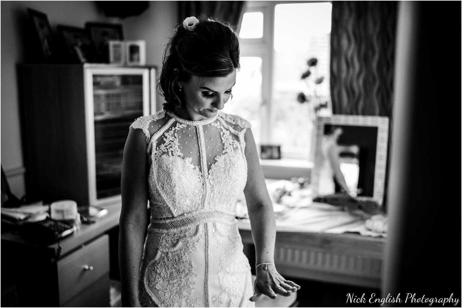 Spring_Cottage_Rivington_Lancashire_Wedding_Photographs-28.jpg