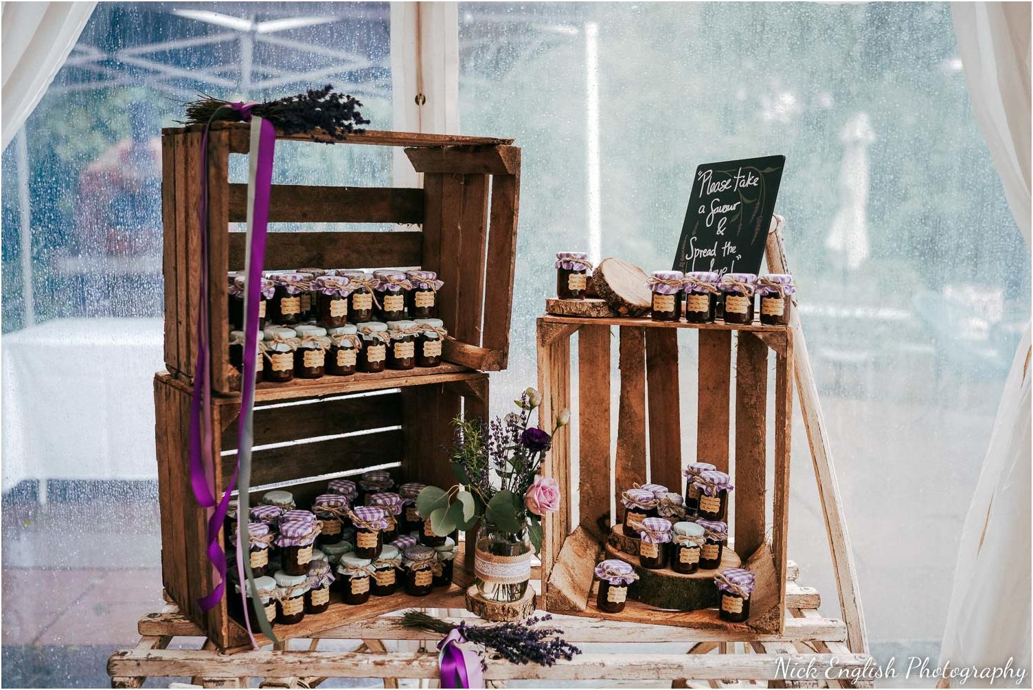 Spring_Cottage_Rivington_Lancashire_Wedding_Photographs-30.jpg