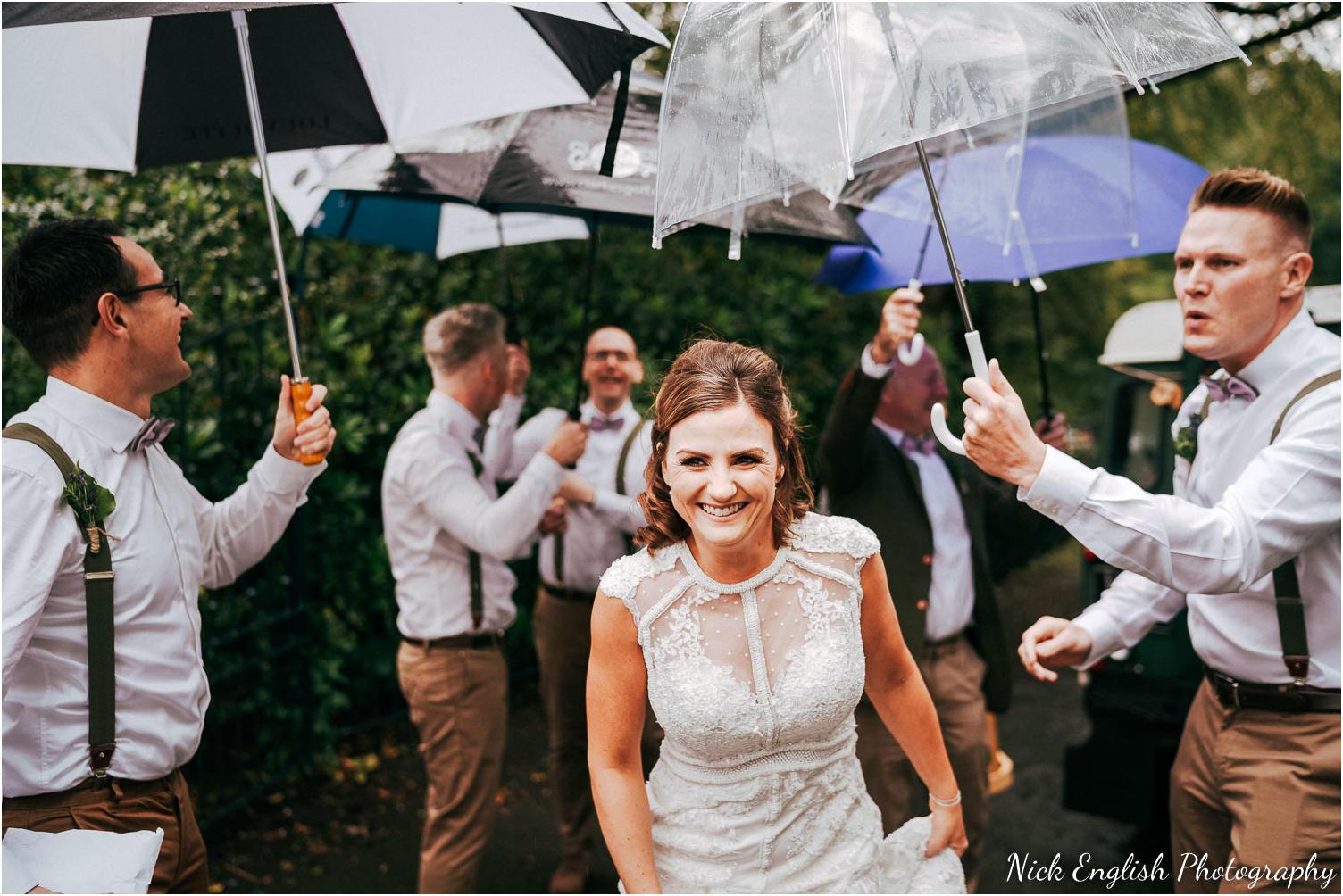 Spring_Cottage_Rivington_Lancashire_Wedding_Photographs-43.jpg
