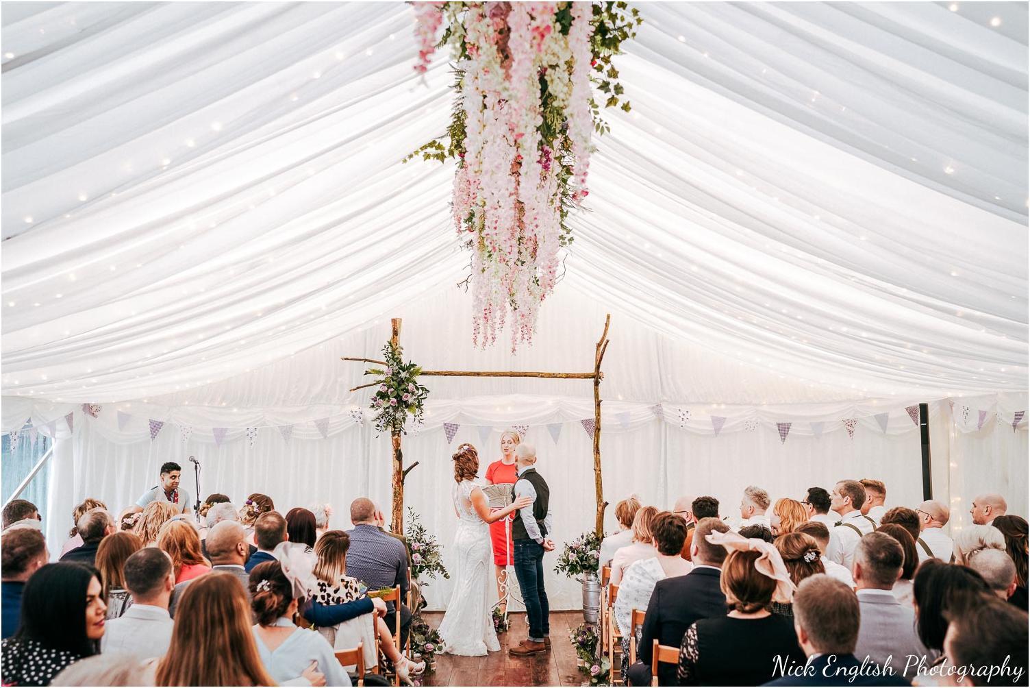 Spring_Cottage_Rivington_Lancashire_Wedding_Photographs-58.jpg