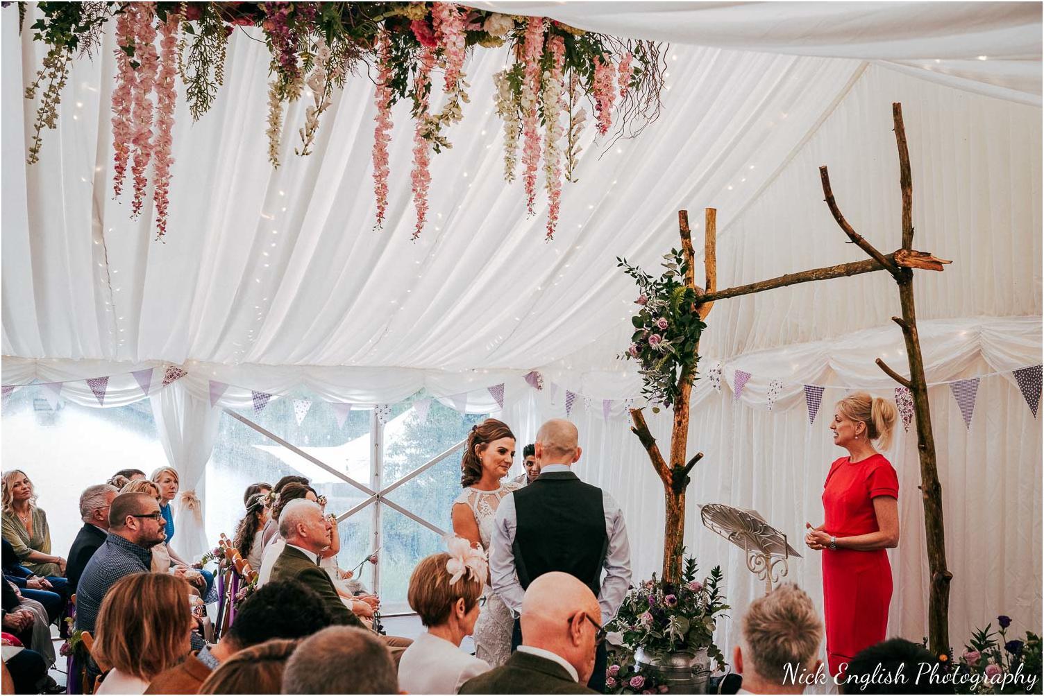 Spring_Cottage_Rivington_Lancashire_Wedding_Photographs-59.jpg