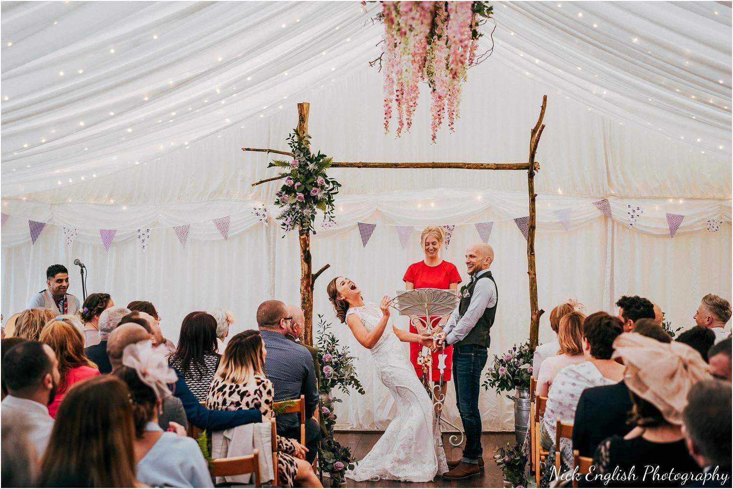 Spring_Cottage_Rivington_Lancashire_Wedding_Photographs-78.jpg