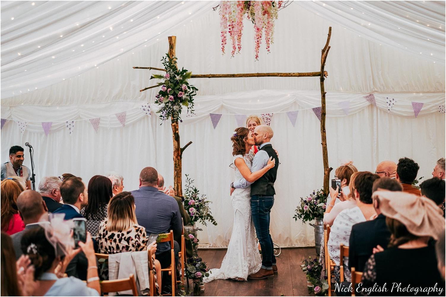 Spring_Cottage_Rivington_Lancashire_Wedding_Photographs-81.jpg