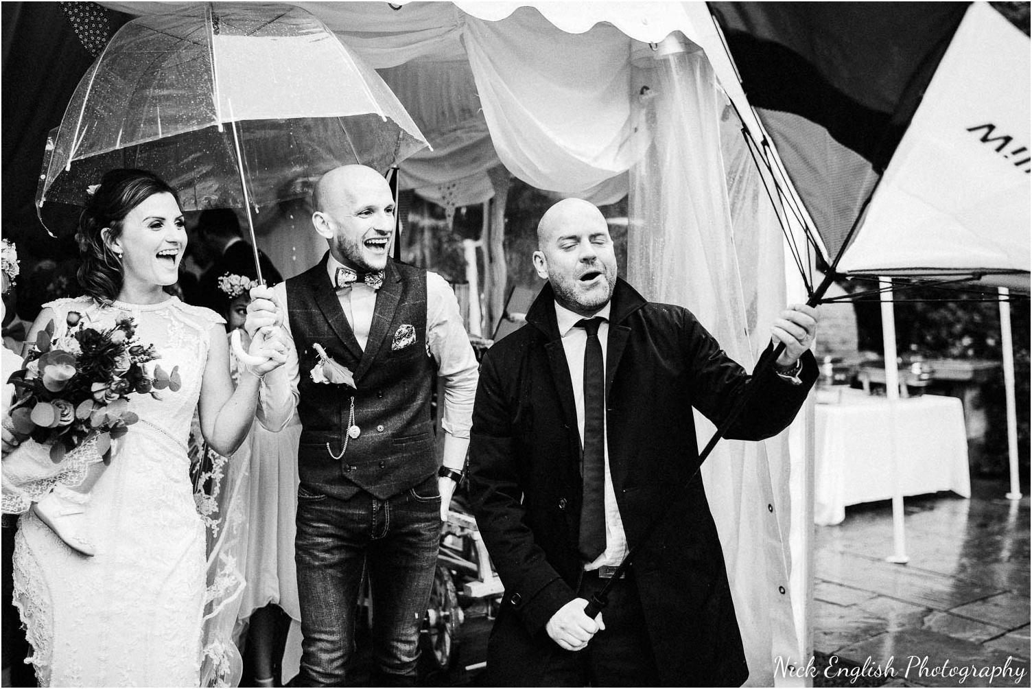 Spring_Cottage_Rivington_Lancashire_Wedding_Photographs-83.jpg