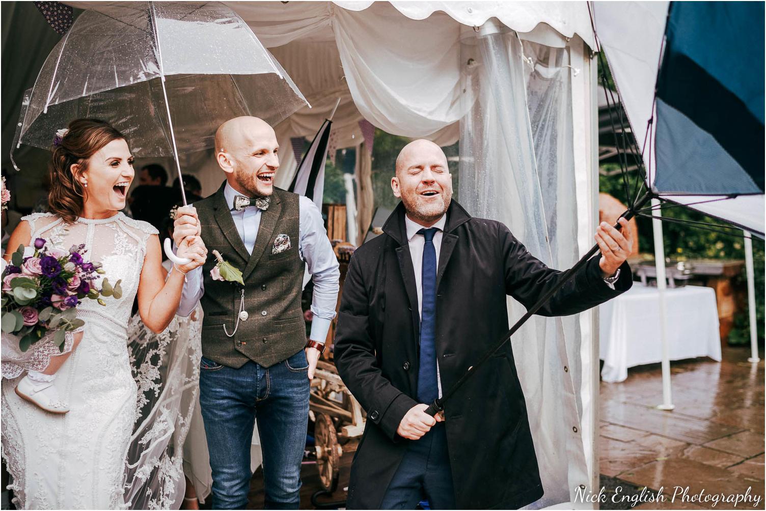 Spring_Cottage_Rivington_Lancashire_Wedding_Photographs-84.jpg