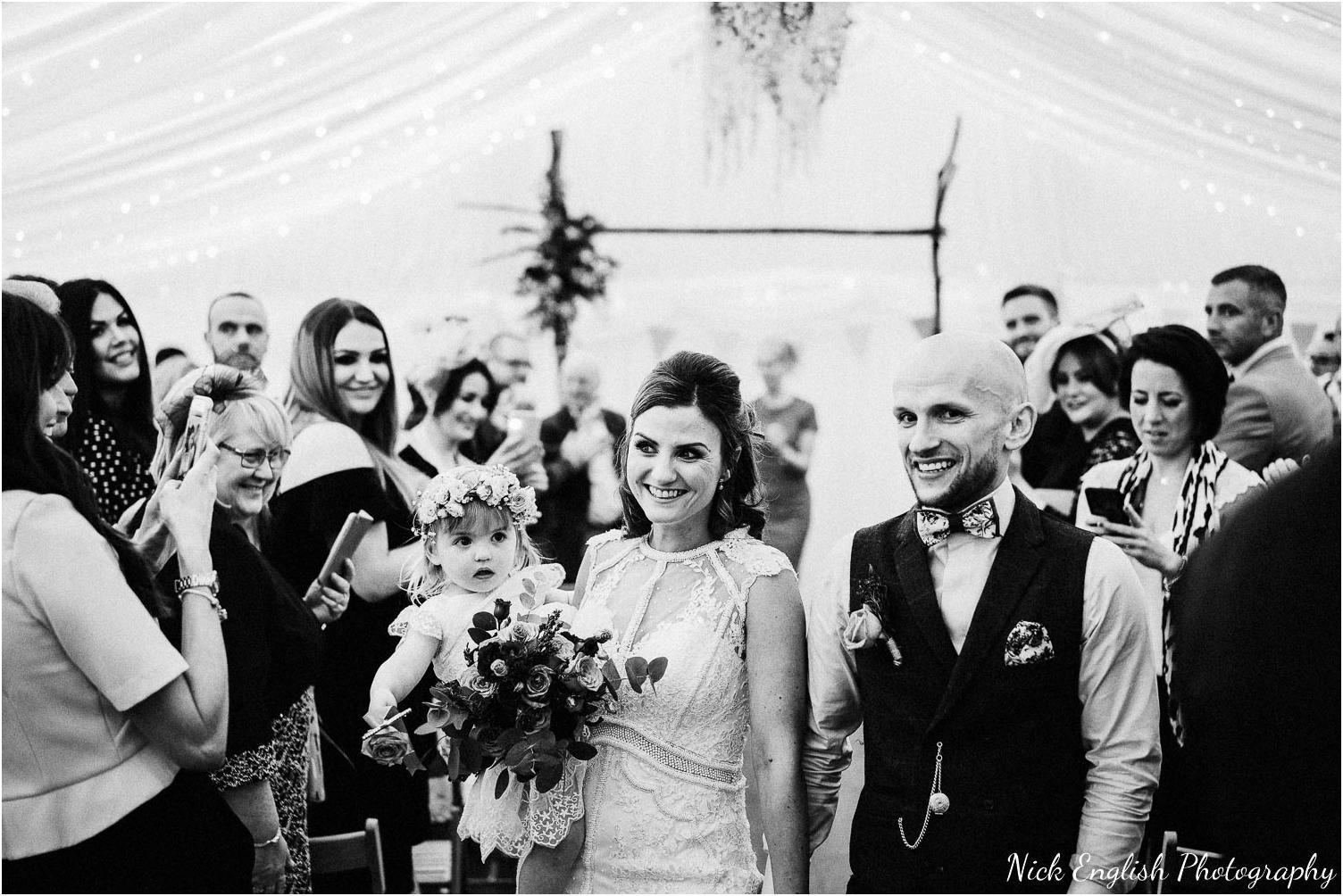 Spring_Cottage_Rivington_Lancashire_Wedding_Photographs-85.jpg