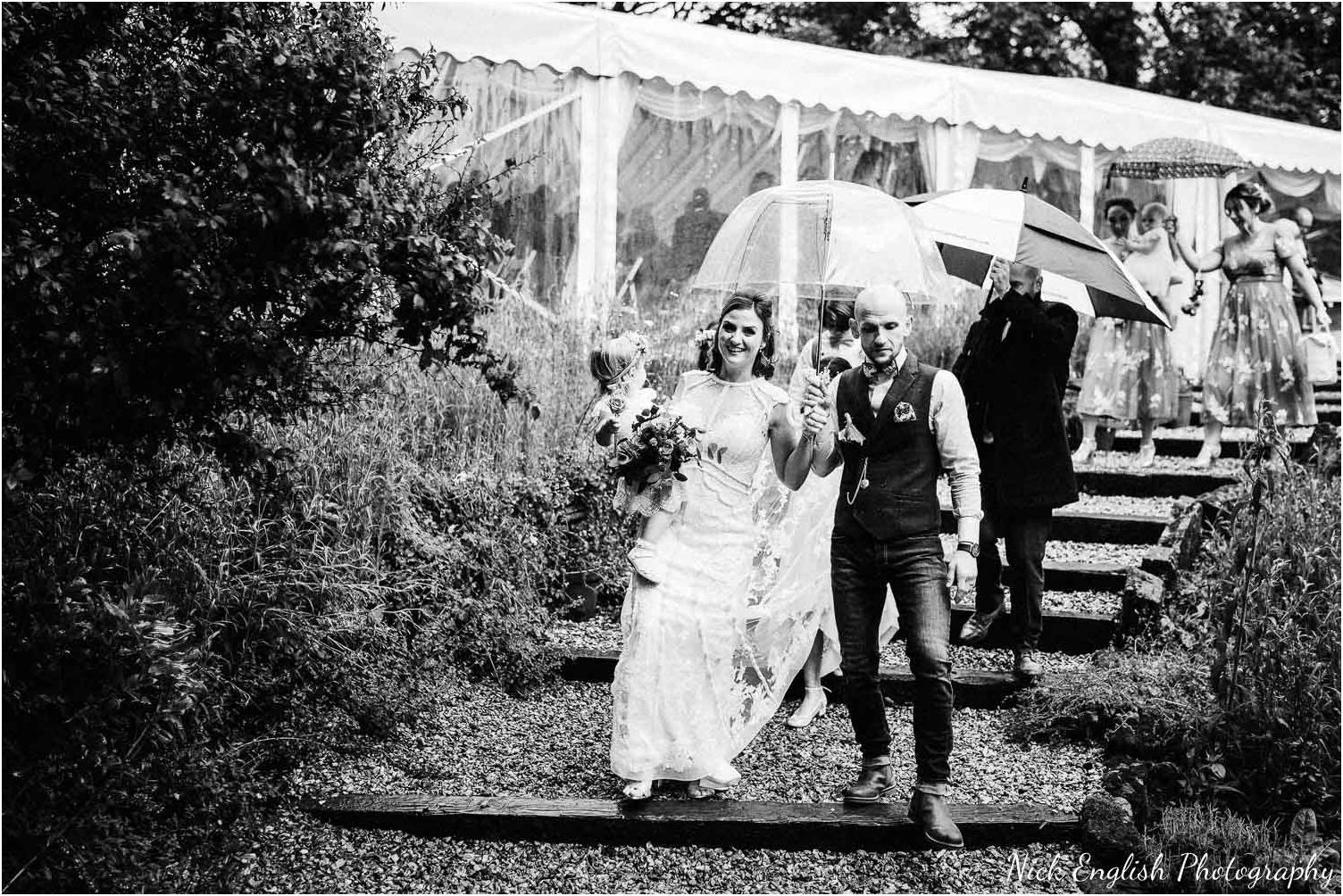 Spring_Cottage_Rivington_Lancashire_Wedding_Photographs-86.jpg