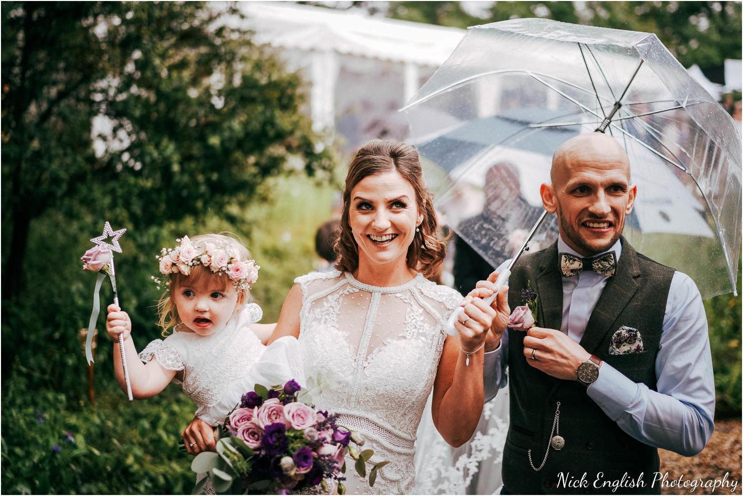 Spring_Cottage_Rivington_Lancashire_Wedding_Photographs-87.jpg