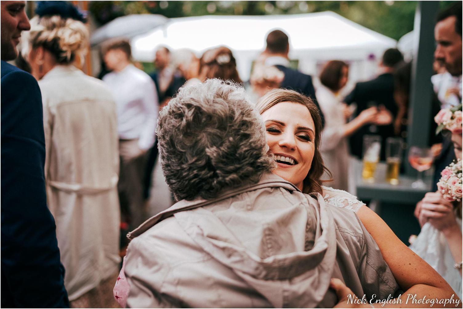 Spring_Cottage_Rivington_Lancashire_Wedding_Photographs-94.jpg