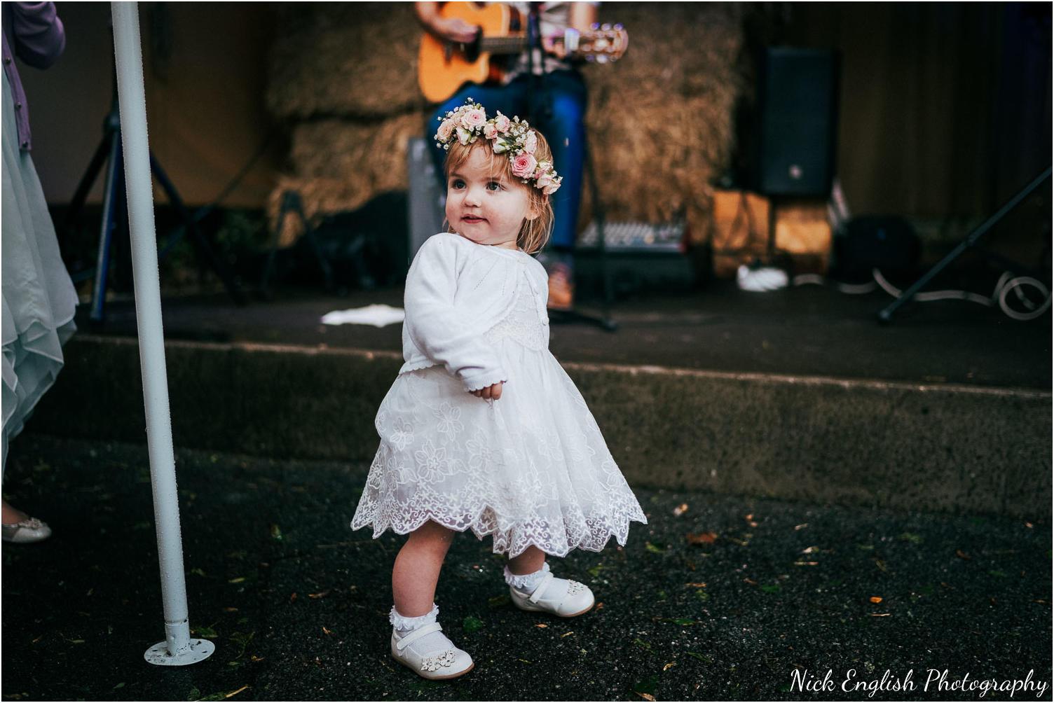 Spring_Cottage_Rivington_Lancashire_Wedding_Photographs-110.jpg