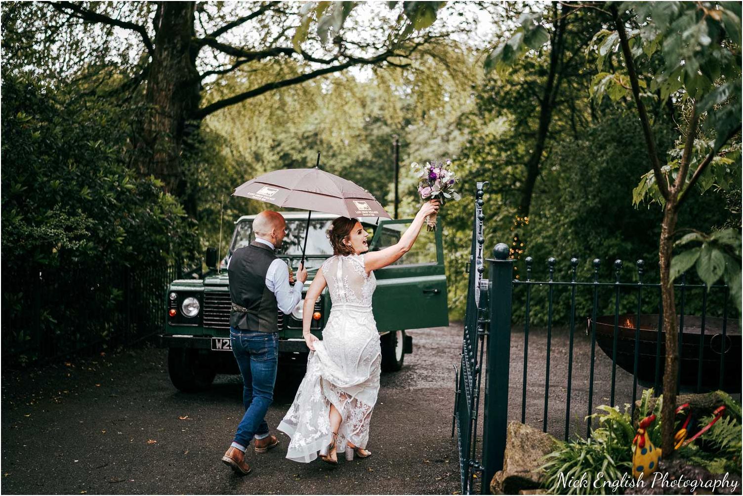 Spring_Cottage_Rivington_Lancashire_Wedding_Photographs-111.jpg