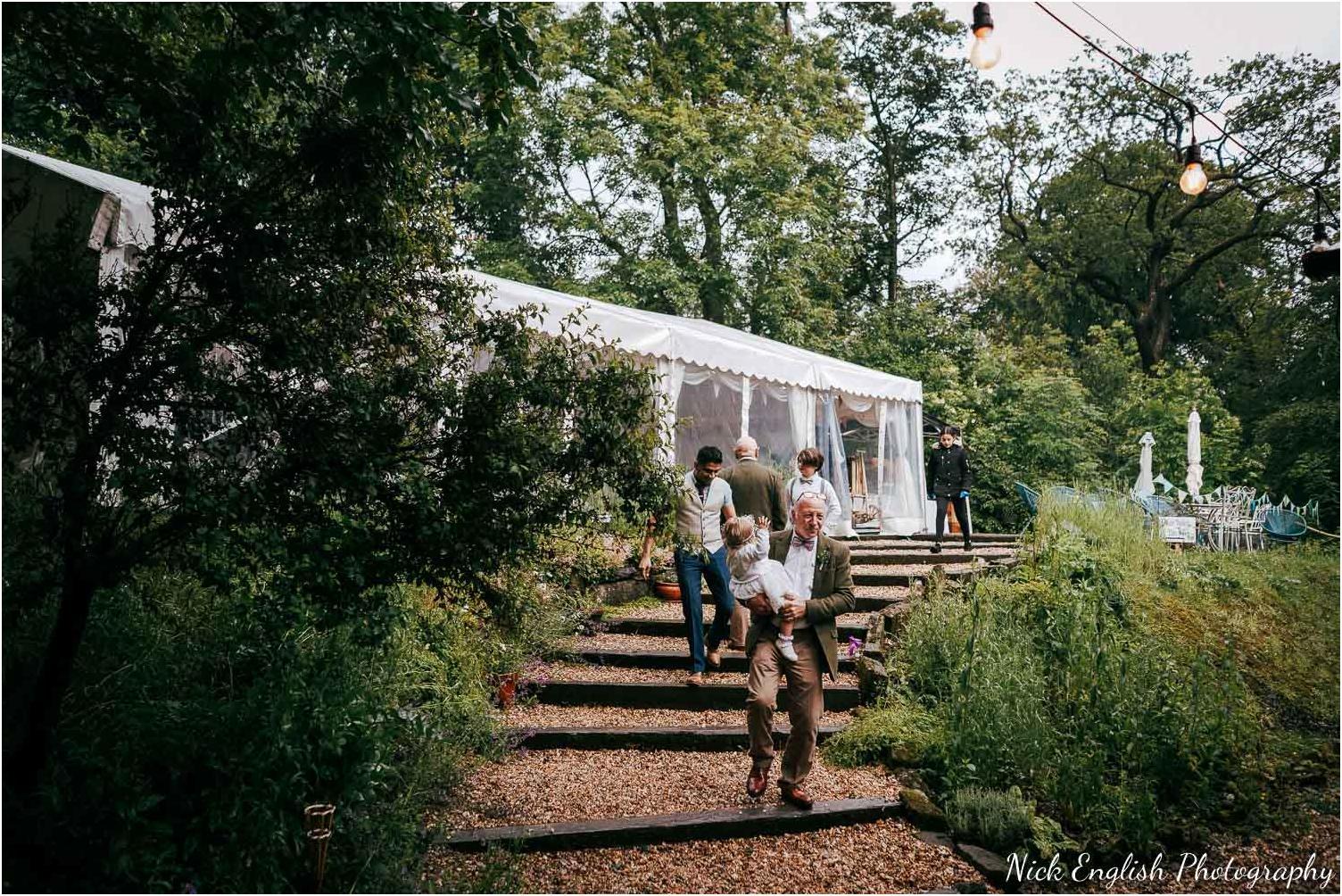 Spring_Cottage_Rivington_Lancashire_Wedding_Photographs-125.jpg