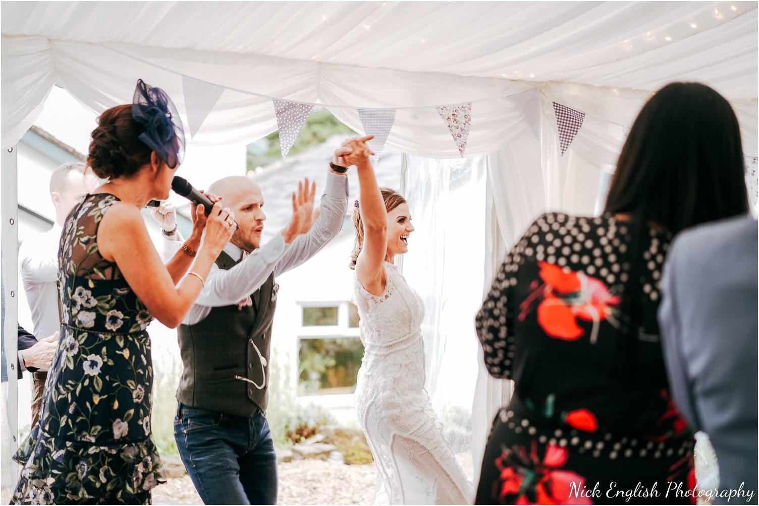 Spring_Cottage_Rivington_Lancashire_Wedding_Photographs-128.jpg