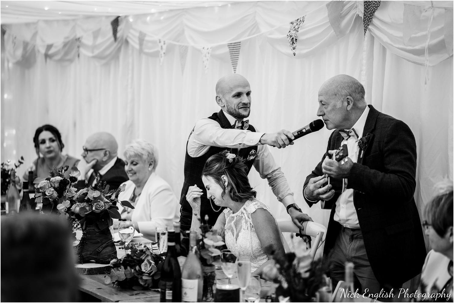 Spring_Cottage_Rivington_Lancashire_Wedding_Photographs-131.jpg