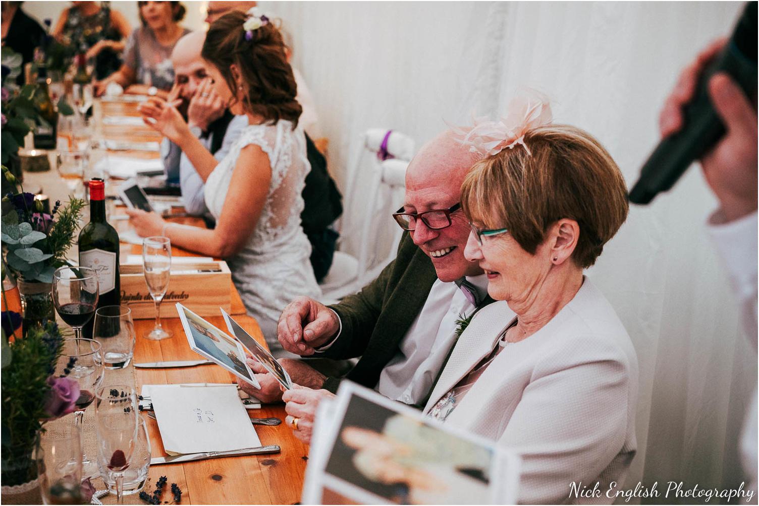 Spring_Cottage_Rivington_Lancashire_Wedding_Photographs-159.jpg