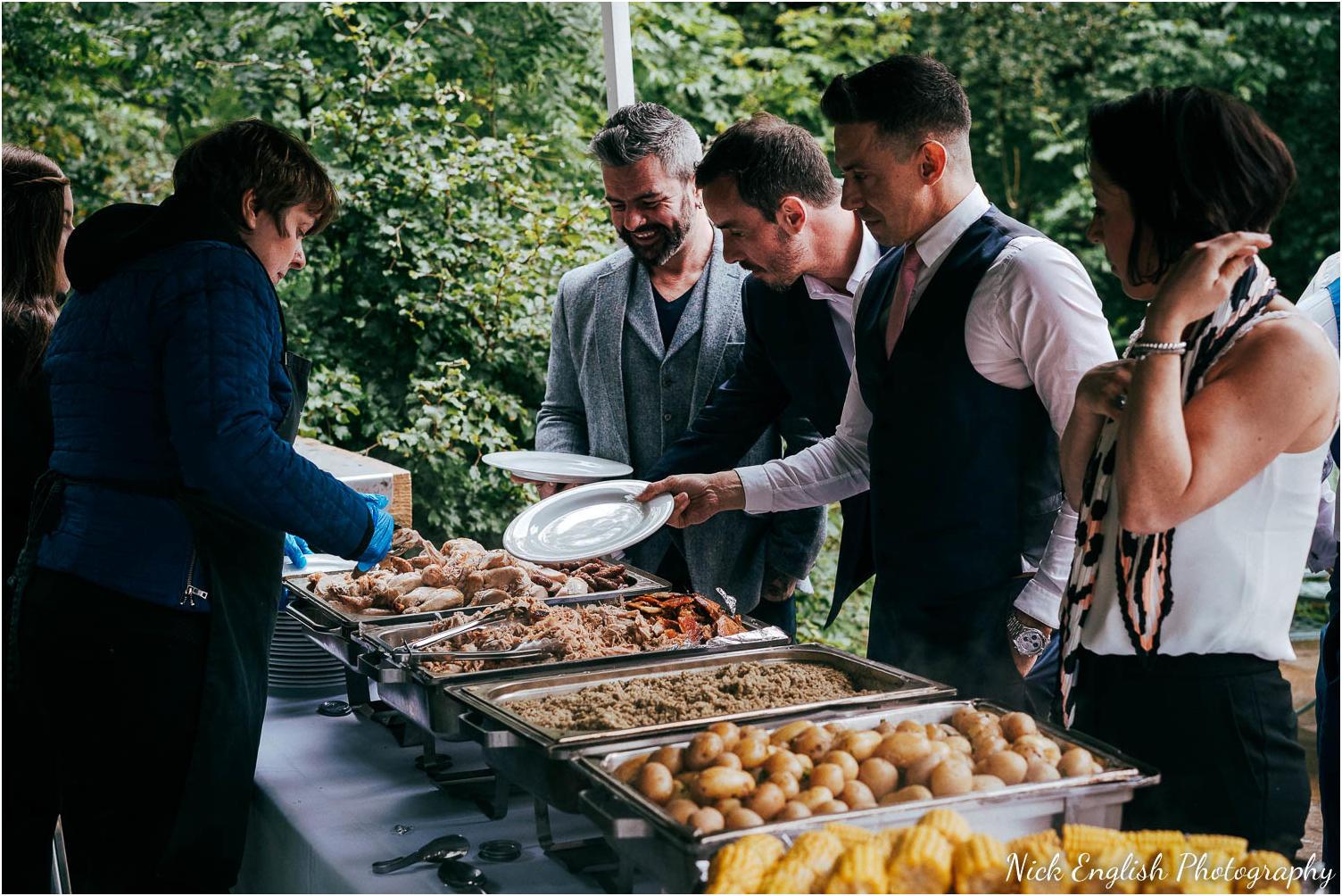 Spring_Cottage_Rivington_Lancashire_Wedding_Photographs-166.jpg