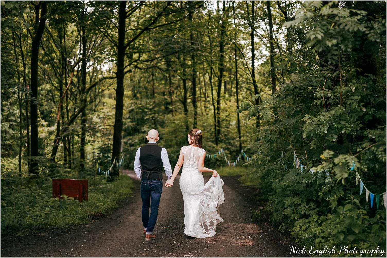 Spring_Cottage_Rivington_Lancashire_Wedding_Photographs-167.jpg