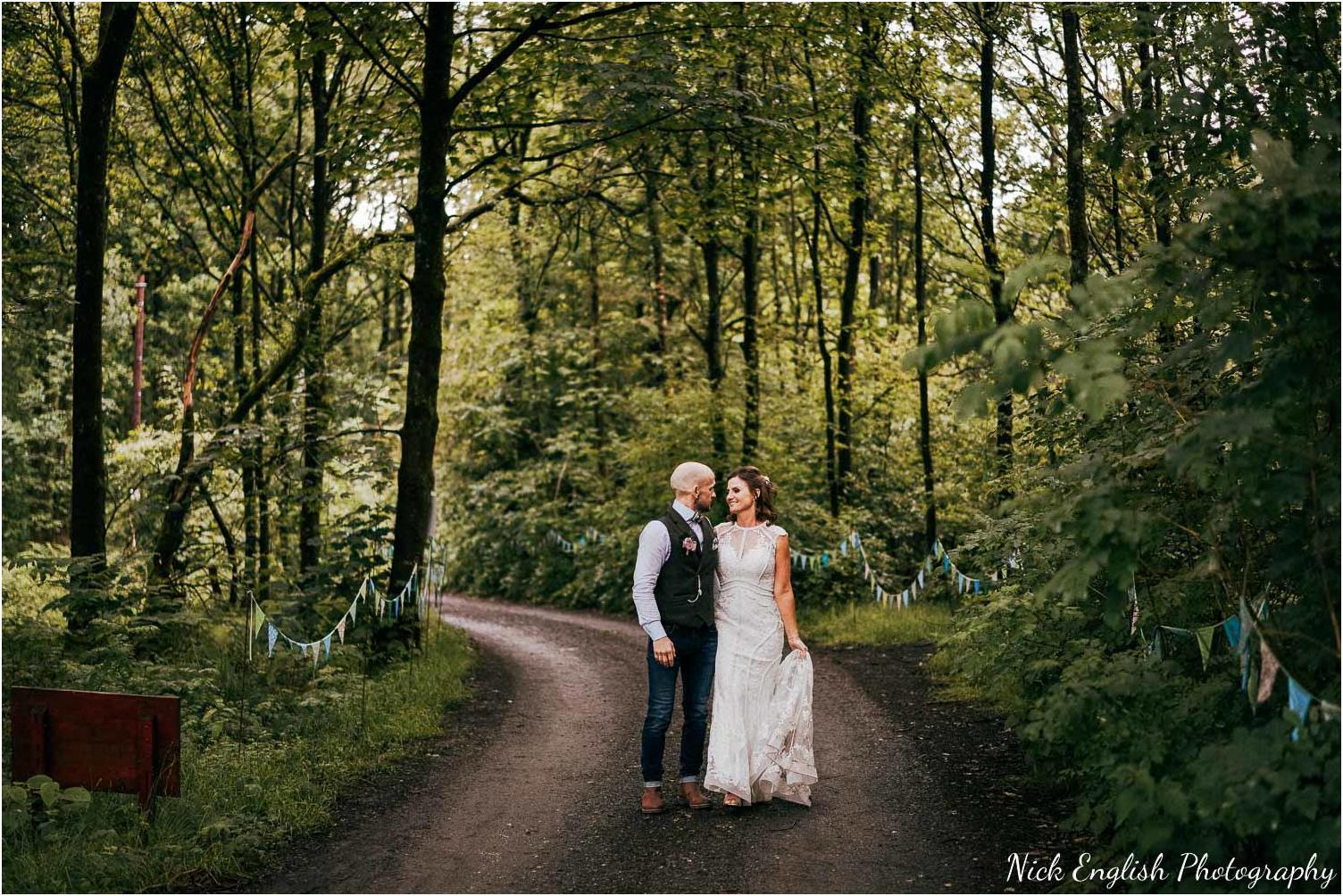 Spring_Cottage_Rivington_Lancashire_Wedding_Photographs-168.jpg